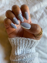 Load image into Gallery viewer, Sweater nails