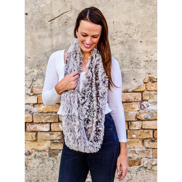 Faux Fur Infinity Scarf frosted Taupe