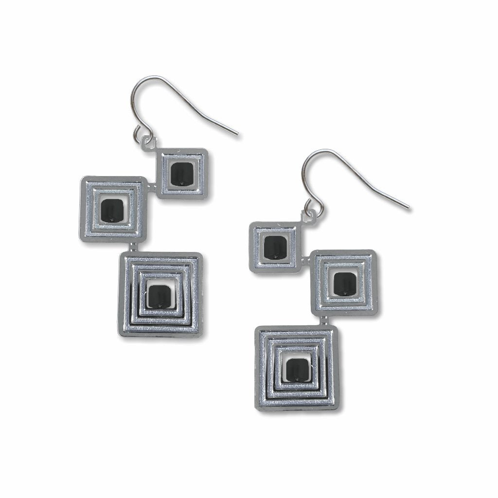 the-kiss-quadrangles-black-bead-earrings-photo