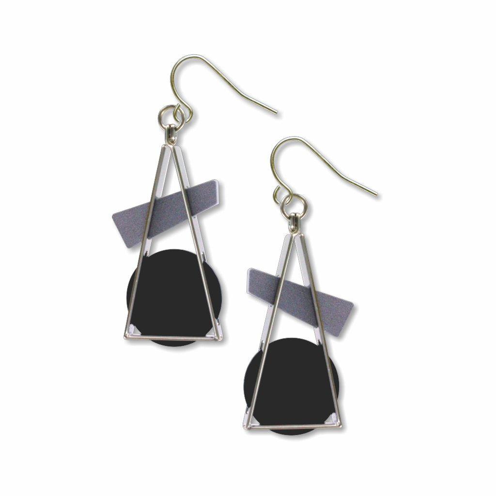 triangle-at-rest-black-earrings-photo