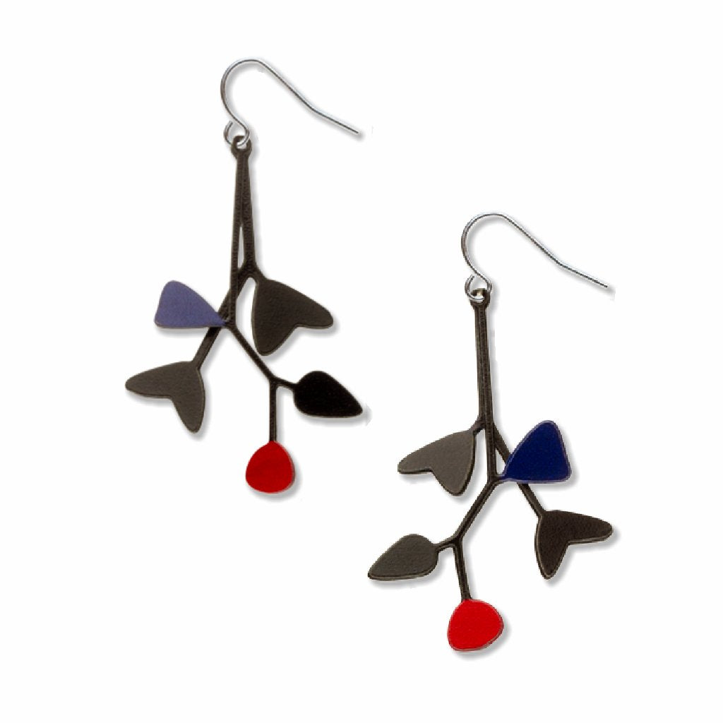 mobiles-red-accent-black-accent-earrings-photo