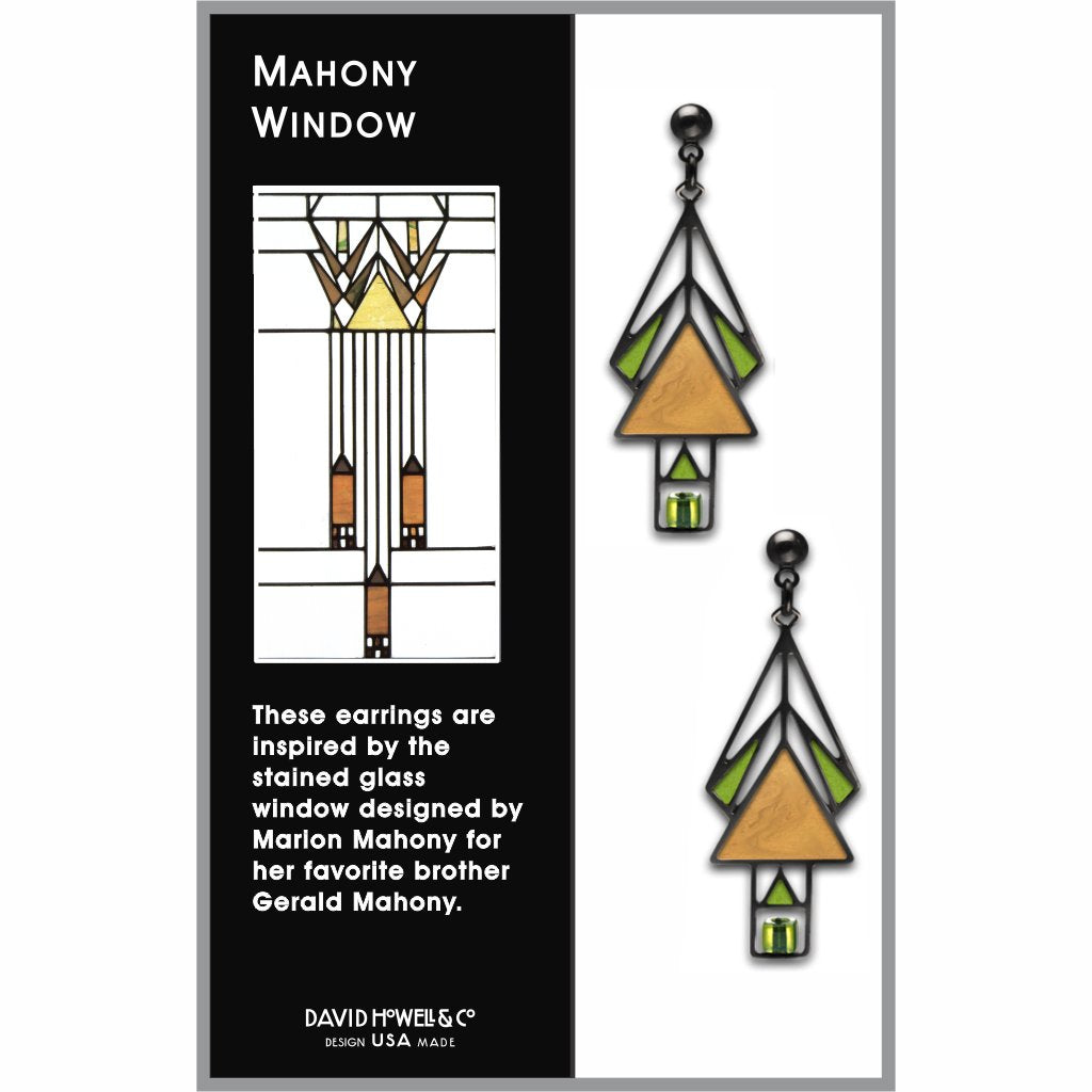 mahony-window-pale-green-bead-gold-enamel-spring-green-accent-earrings-photo-2