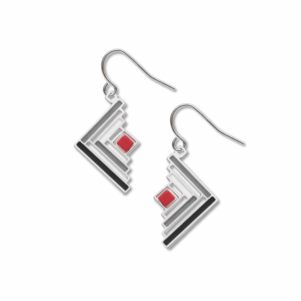 log-cabin-quilt-pattern-red-bead-grey-accent-black-accent-earrings-photo