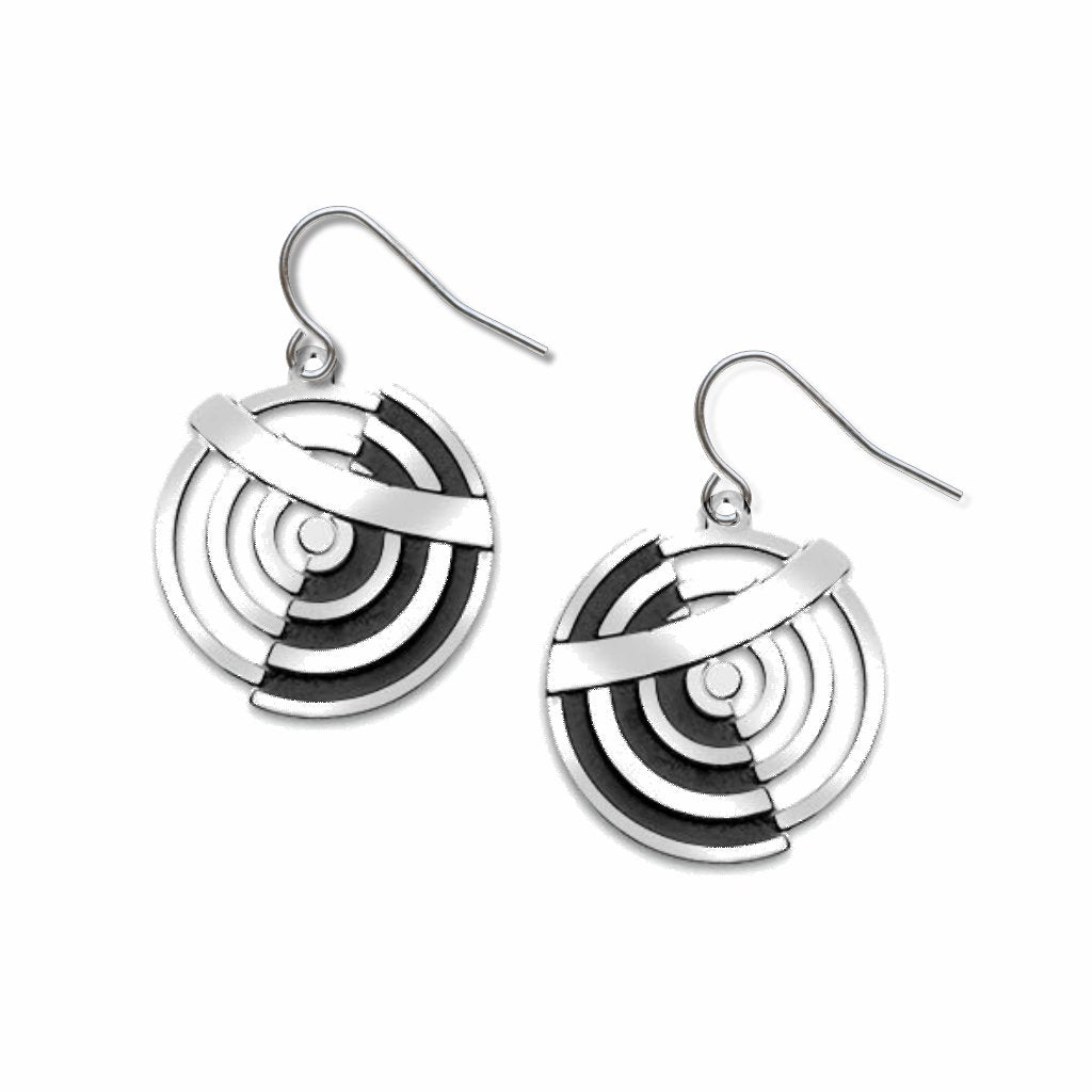 delaunay-circles-black-enamel-earrings-photo