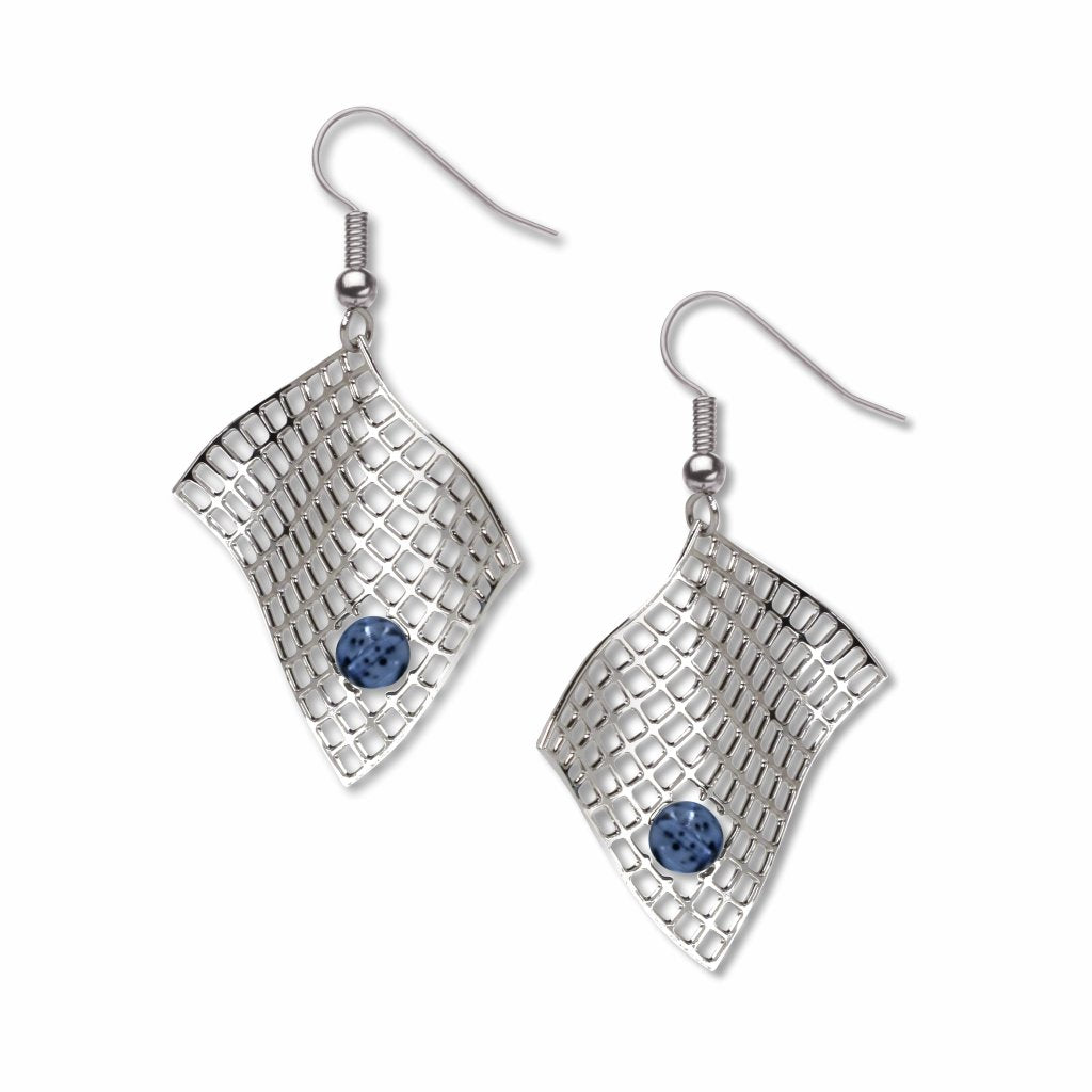 diamond-armchair-sapphire-bead-earrings-photo