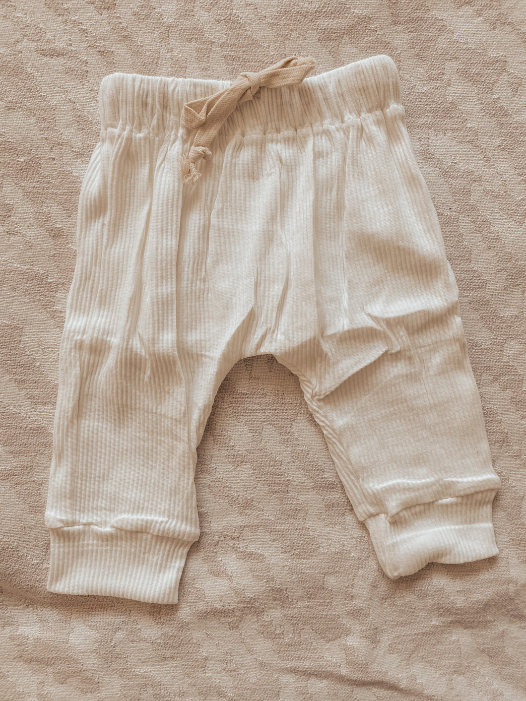 Coconut ribbed pants