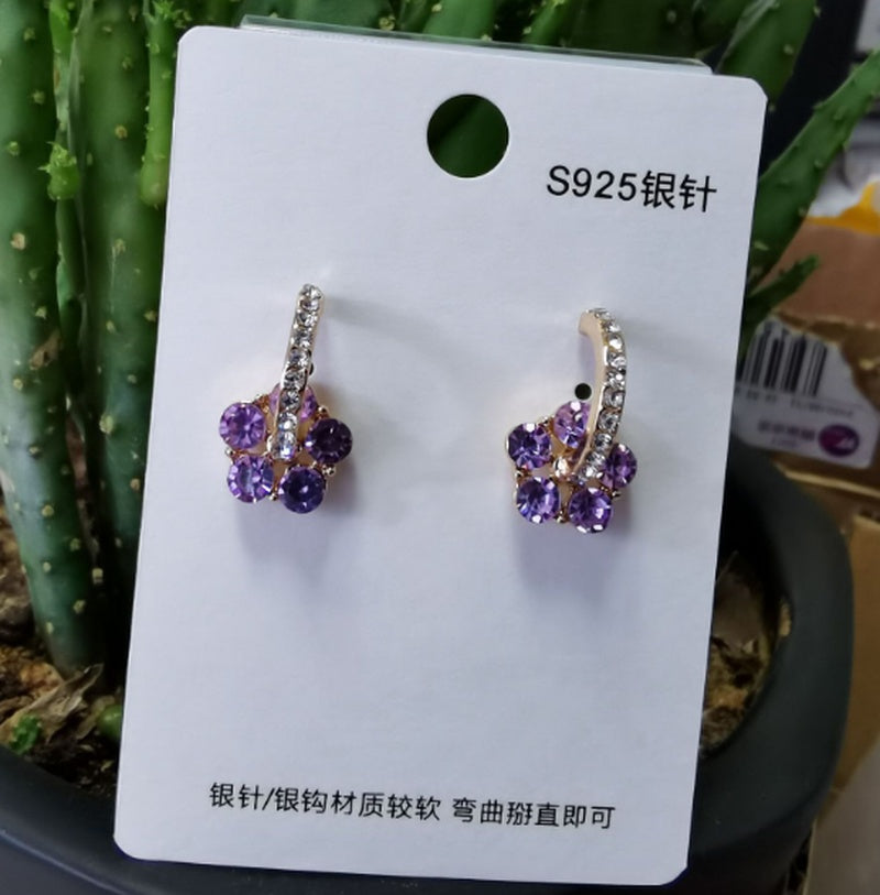 Silver Needle Hollow Flower Earrings Zircon Earrings Fresh and Fashionable Earrings