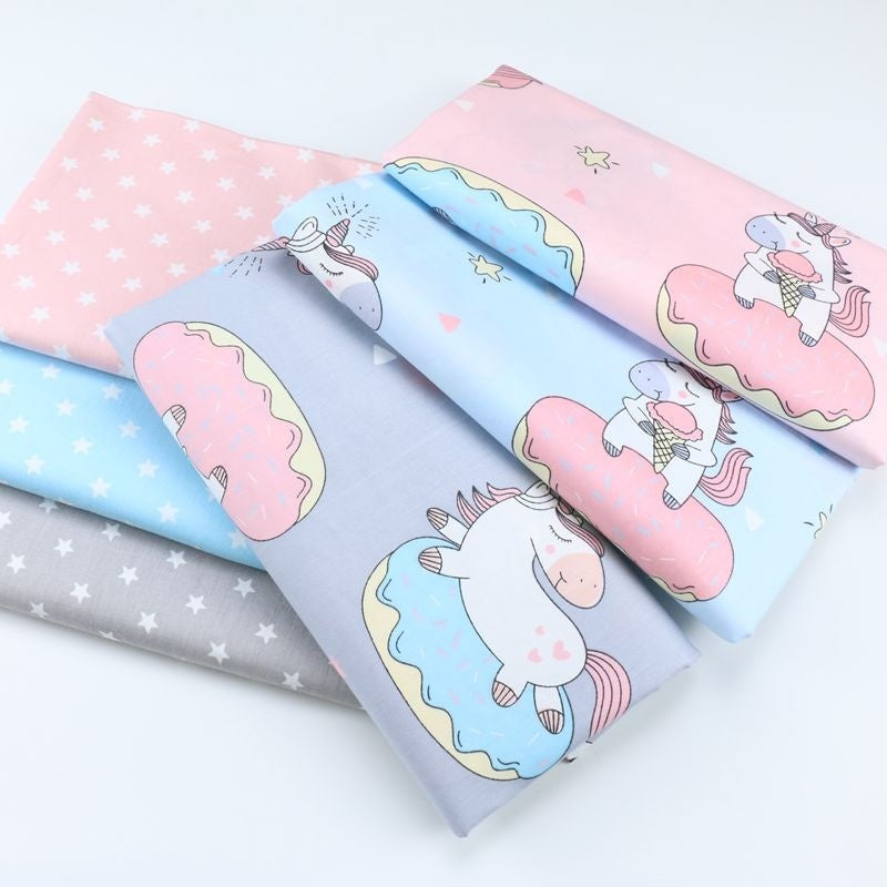 6 Pcs/Lot 20X25CM Cartoon Pony Unicorn Fabric Printed Cloth 100% Cotton Twill Fabric Quilting Patchwork for Sewing Scrapbooking Tissue DIY Handmade Needlework Material Tecidos