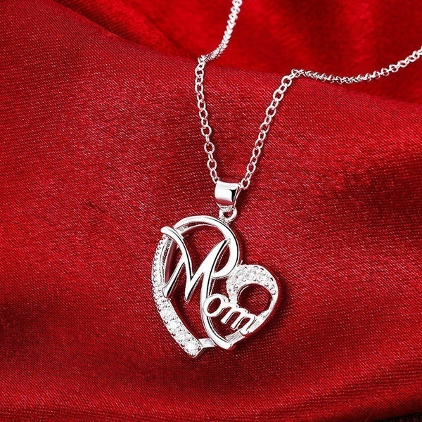 Dear Mom Gift Mom Heart Shaped Mom Love Necklace Letter Neck Chain Clavicle Chain