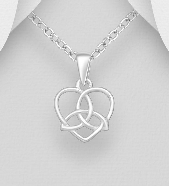 925 Sterling Silver Celtic Trinity and Heart Pendant & Chain - The Silver Vault UK