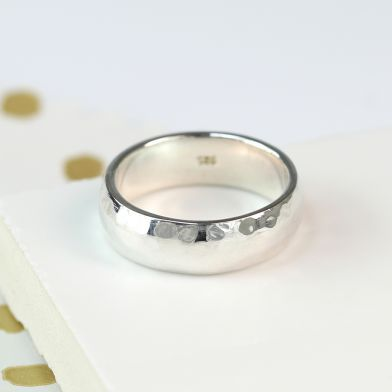 925 Solid Sterling Silver Hammered Ring - The Silver Vault UK