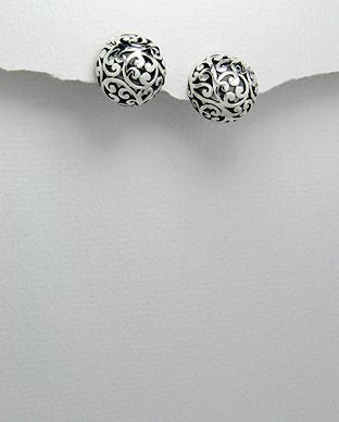 925 Sterling Silver Dome shaped Filigree Stud Earrings - The Silver Vault UK