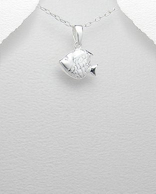 925 Sterling Silver Fish Pendant & Chain - The Silver Vault UK