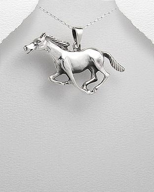 925 Sterling Silver Galloping  Horse Pendant - The Silver Vault UK