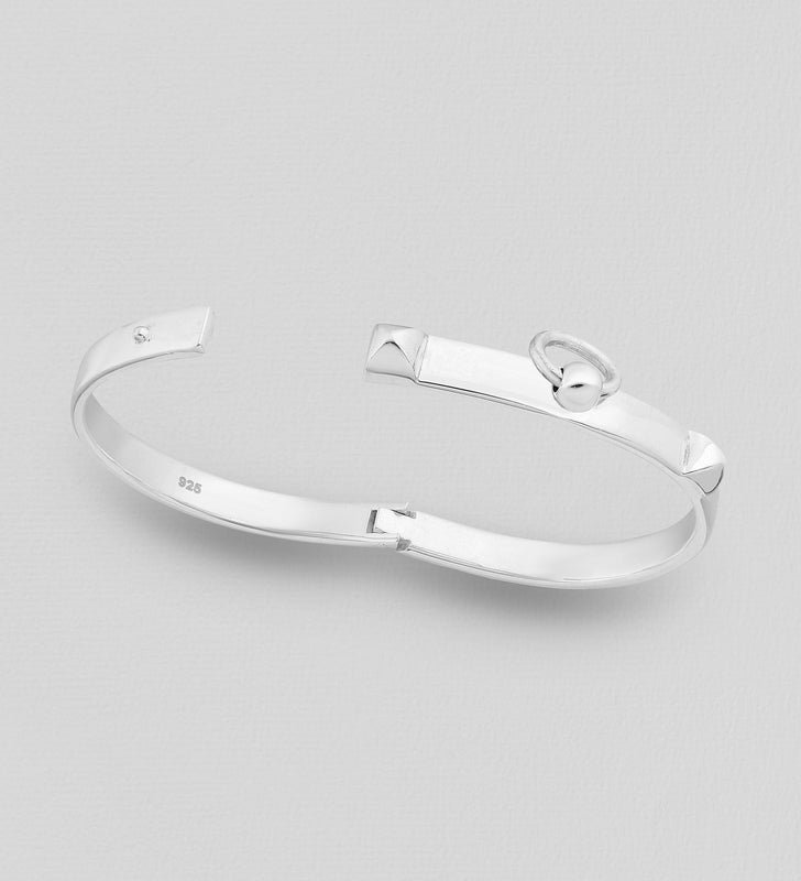 925 Sterling Silver Tiffany Style Solid Bangle That Opens - The Silver Vault UK