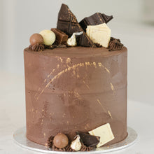 Load image into Gallery viewer, Chocolate Buttercream Chocolate Cake