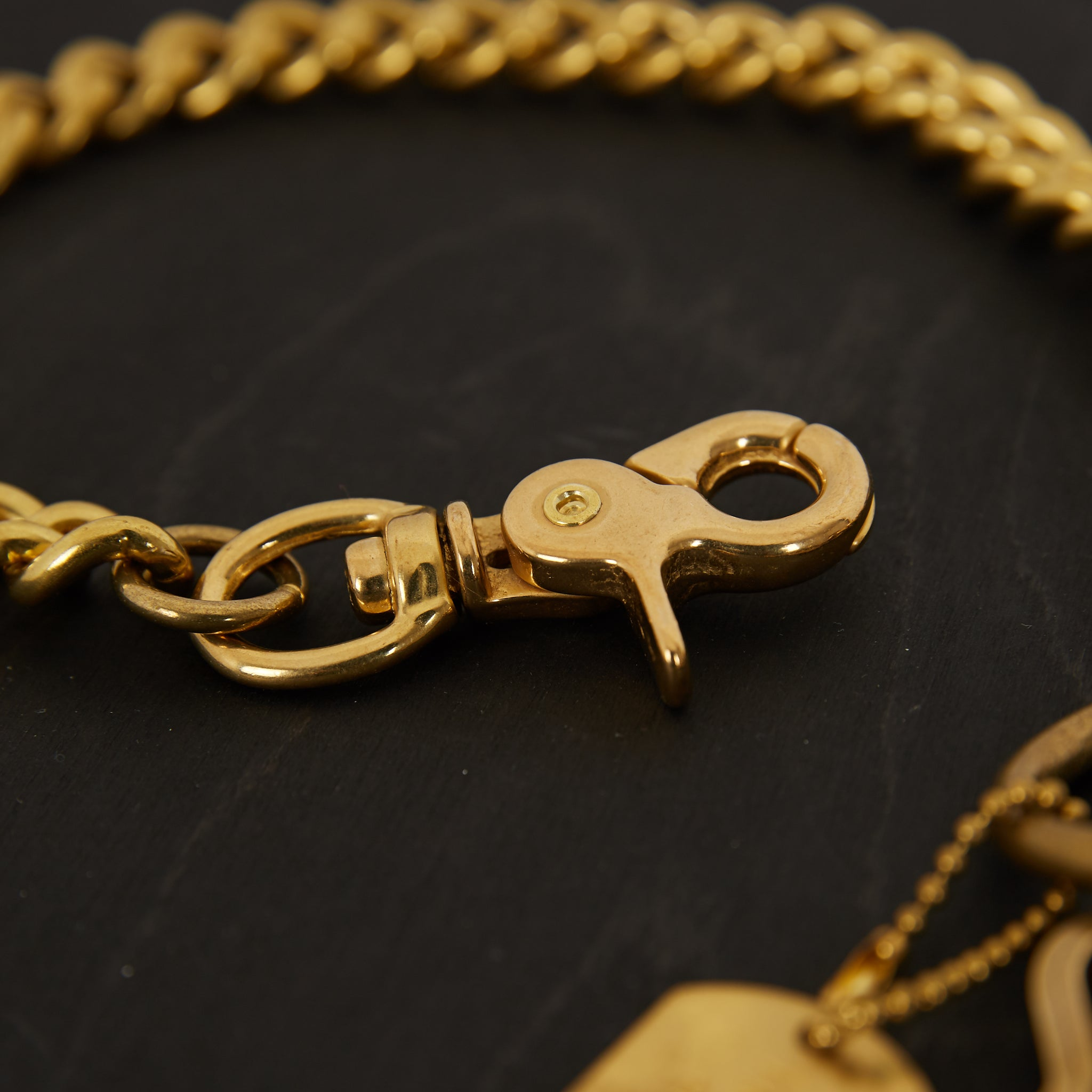 IH-Brass-W6 - Wallet Chain with Hook and Rings Brass