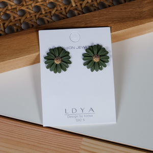 Madlen Green Earrings