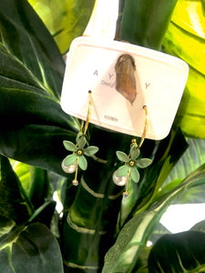Neva Earrings Green