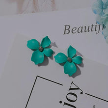Load image into Gallery viewer, Stein Earrings Powder Blue