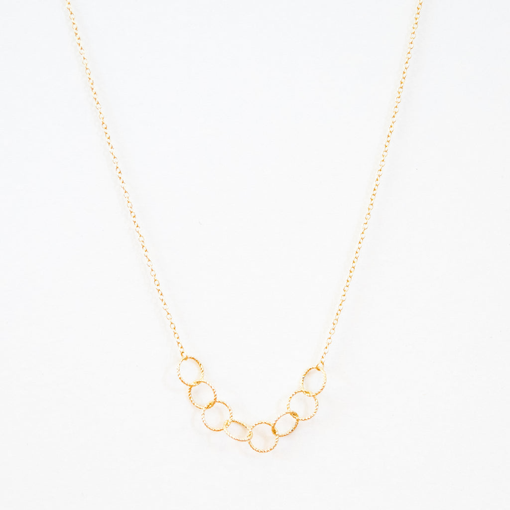 Short Circle Necklace