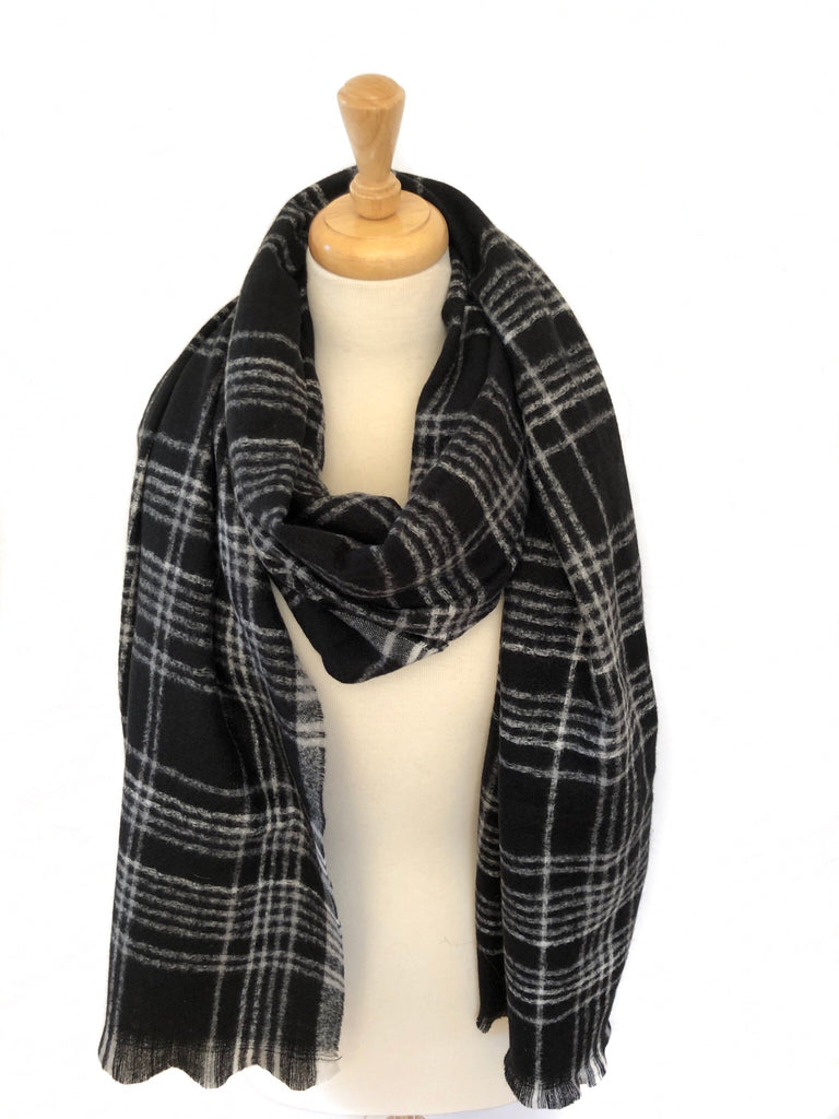 Black/White Plaid Scarf