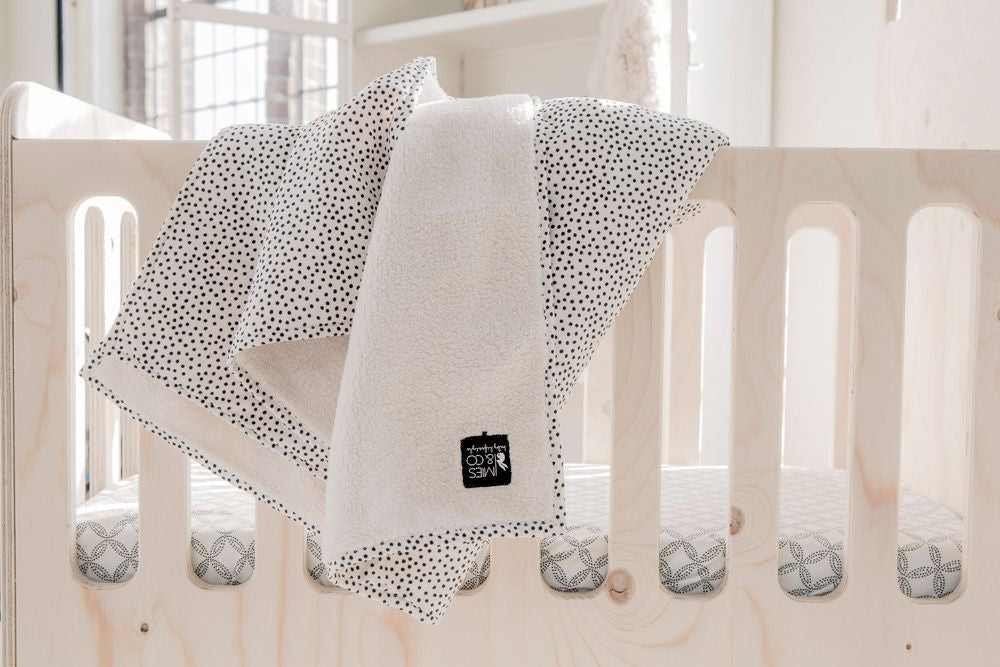 Mies & Co Deken Cozy Dots