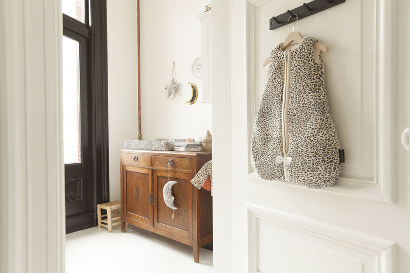 House Of Jamie Muziekmobiel Moon Snow Leopard