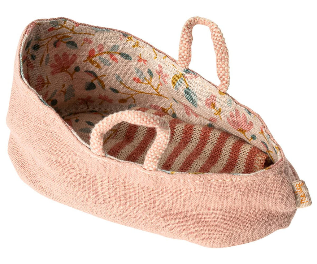 Maileg Draagmandje Carry Cot Misty Rose
