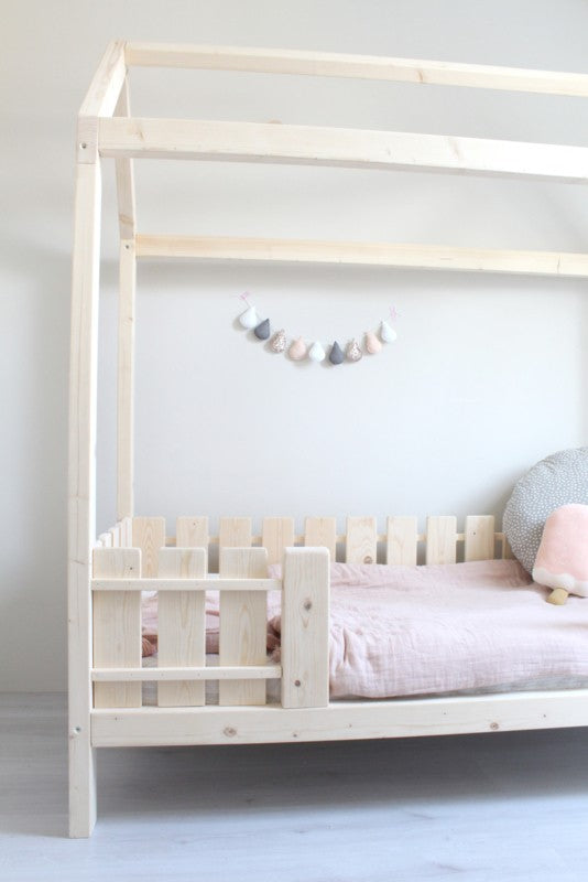 Little Dreamers Bed Liva