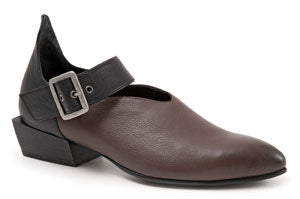 BUENO Sherry Women's Leather Shoes Brown. Perfect stylish leather shoe for straight from meetings through to cocktails without a moment's hesitation.