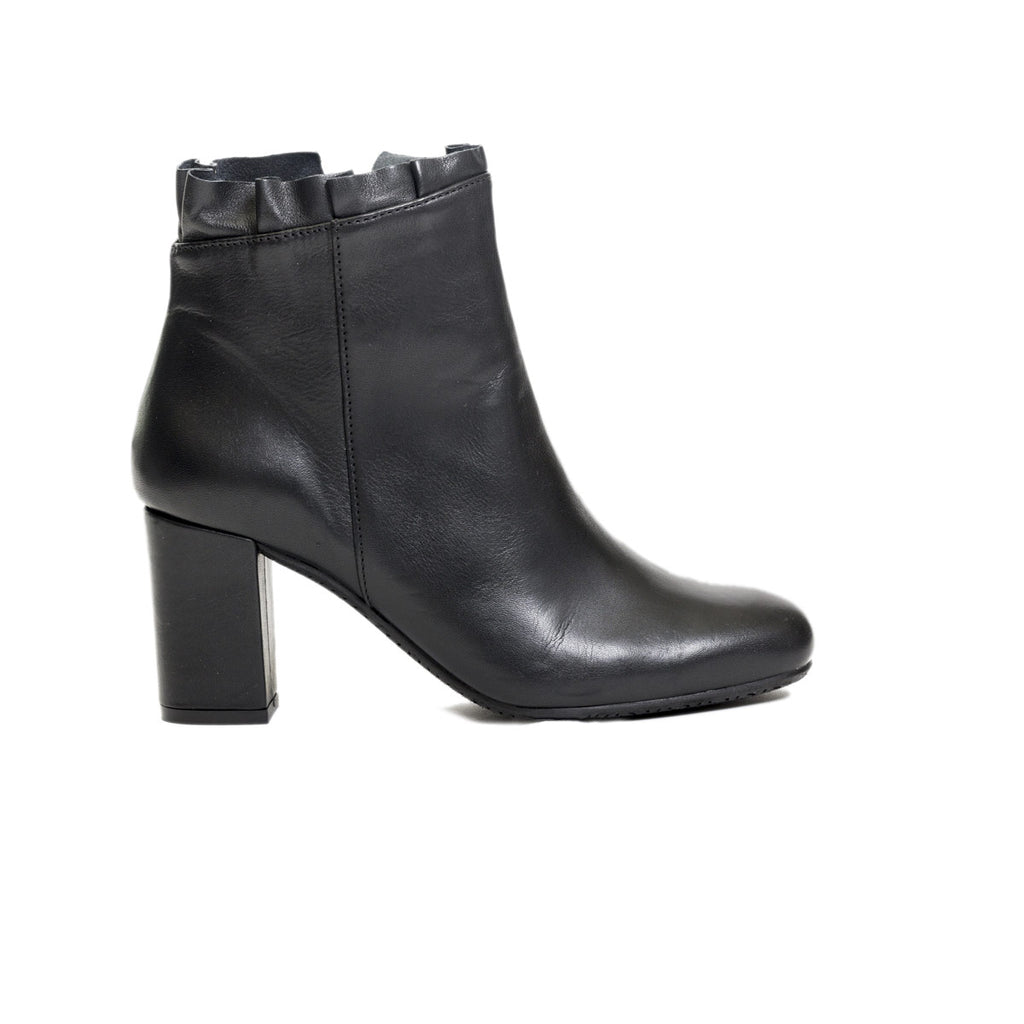Ateliers Sierra Leather Women's Boot- Women's soft leather bootie with ruffle detailing.