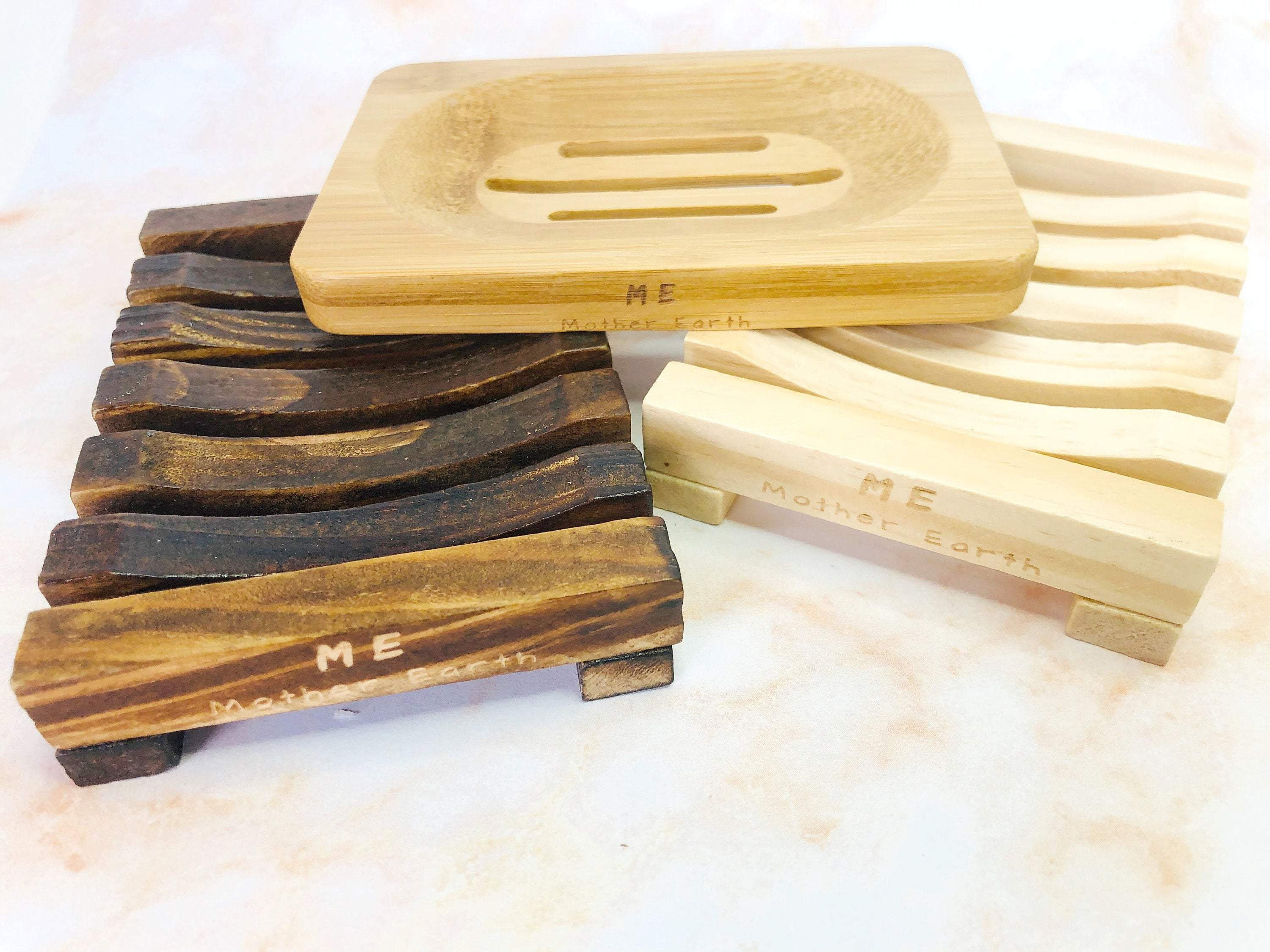 3 variants of bamboo soap dishes on belloeco website