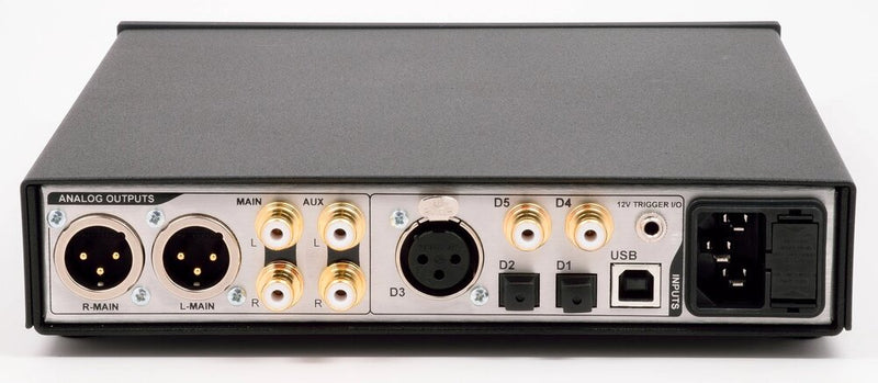 Benchmark DAC3 DX - Digital to Analog Audio Converter rear top view