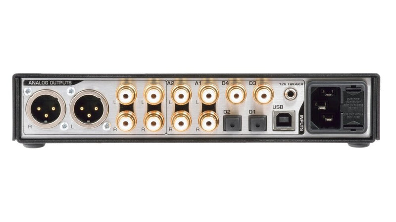 Benchmark DAC3 HGC - Digital to Analog Audio Converter rear view