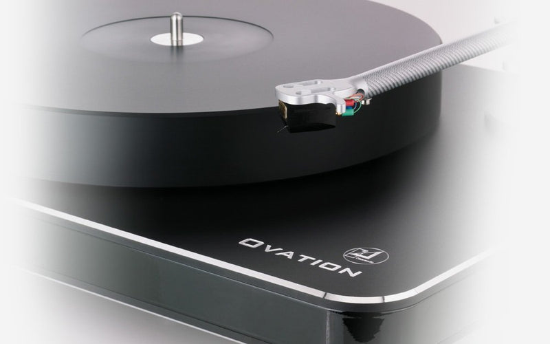 Clearaudio Ovation Turntable – Deck Only (wood trim, silver base)