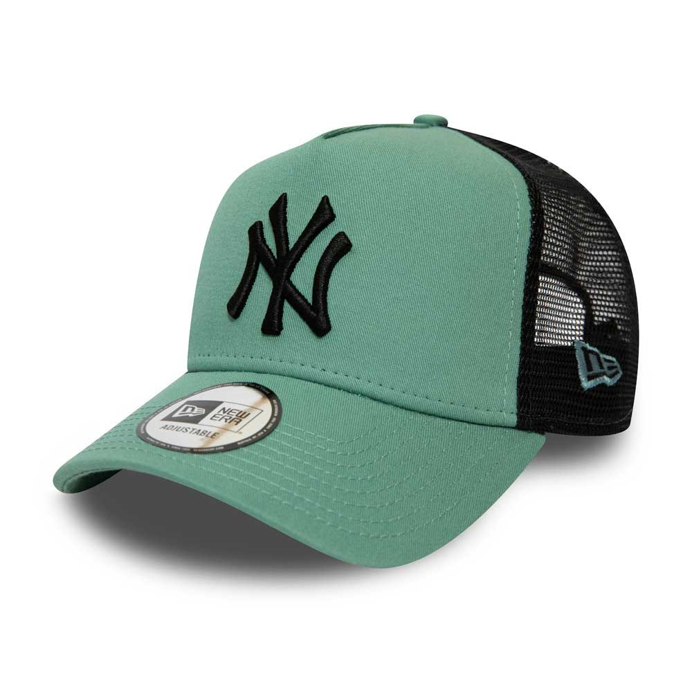 MLB League Essential AF Trucker New York Yankees Smoblk