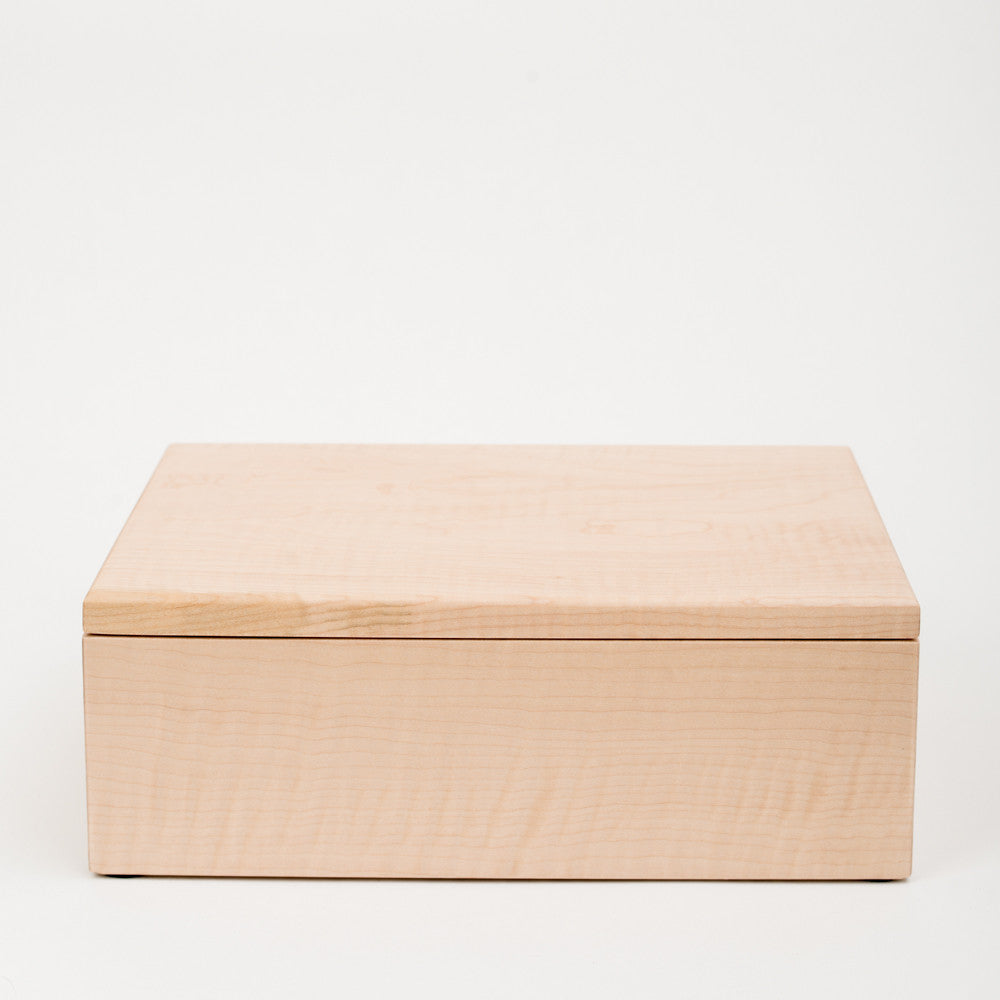 Medium Photo Box in Maple
