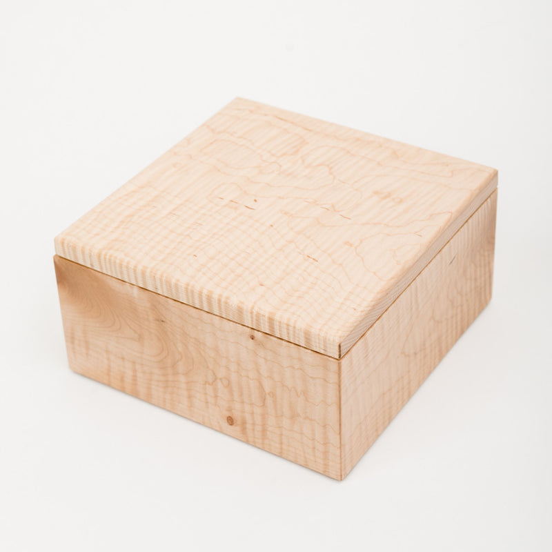 Small Keepsake Box in Maple
