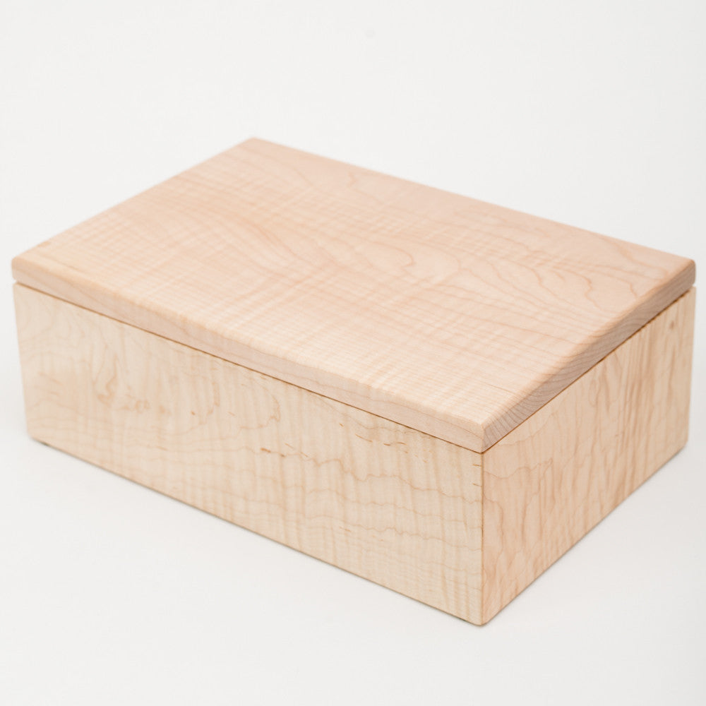 Small USB/Photo Box in Maple