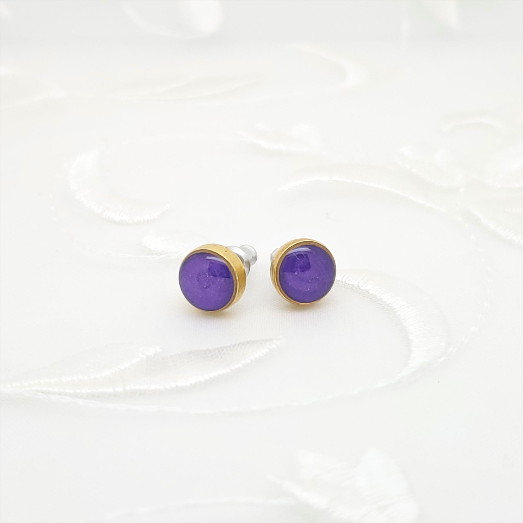 Antique Gold Round Stud Earrings with Pearlized Purple Resin