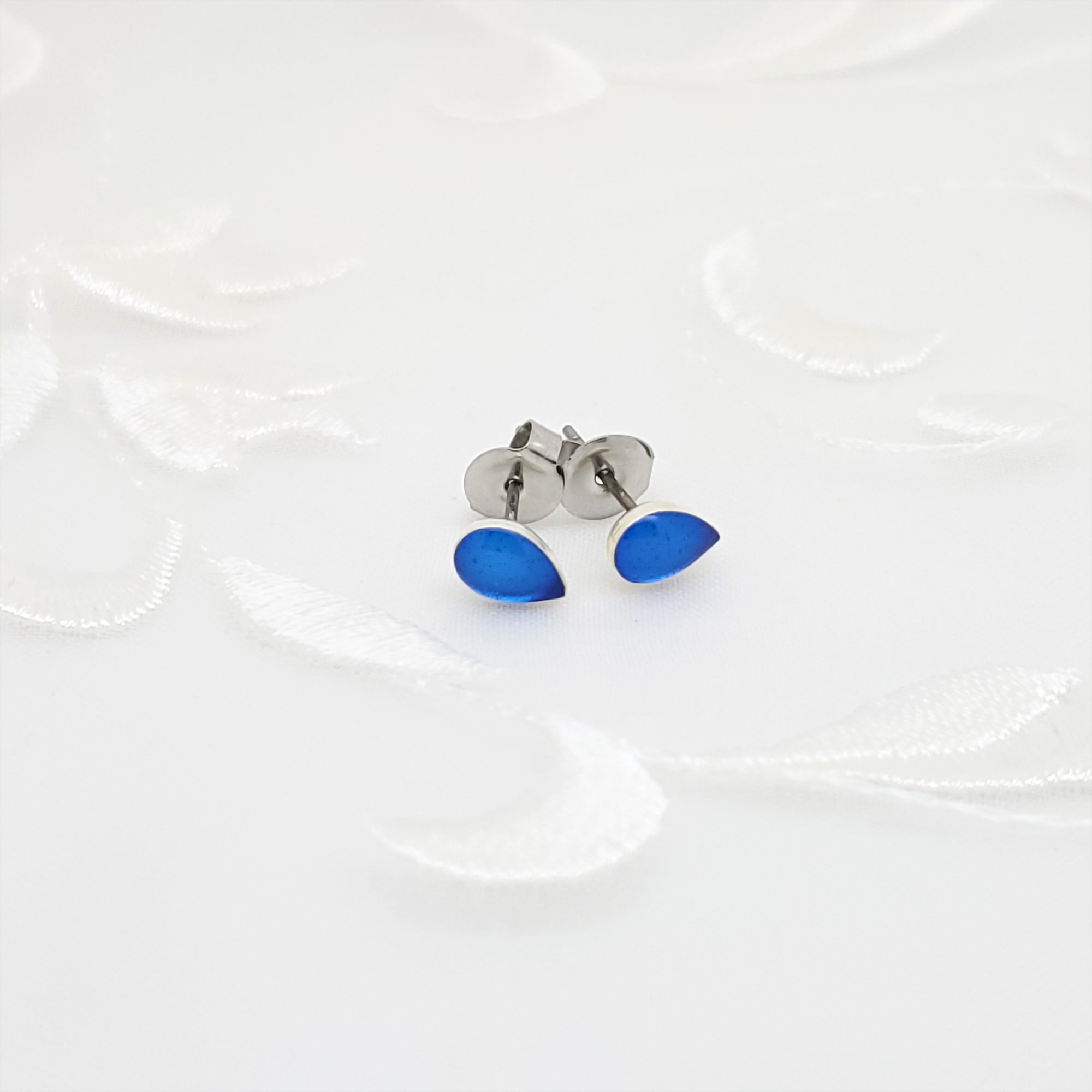Antique Silver Drop Stud Earrings with Transparent Sapphire Blue Resin