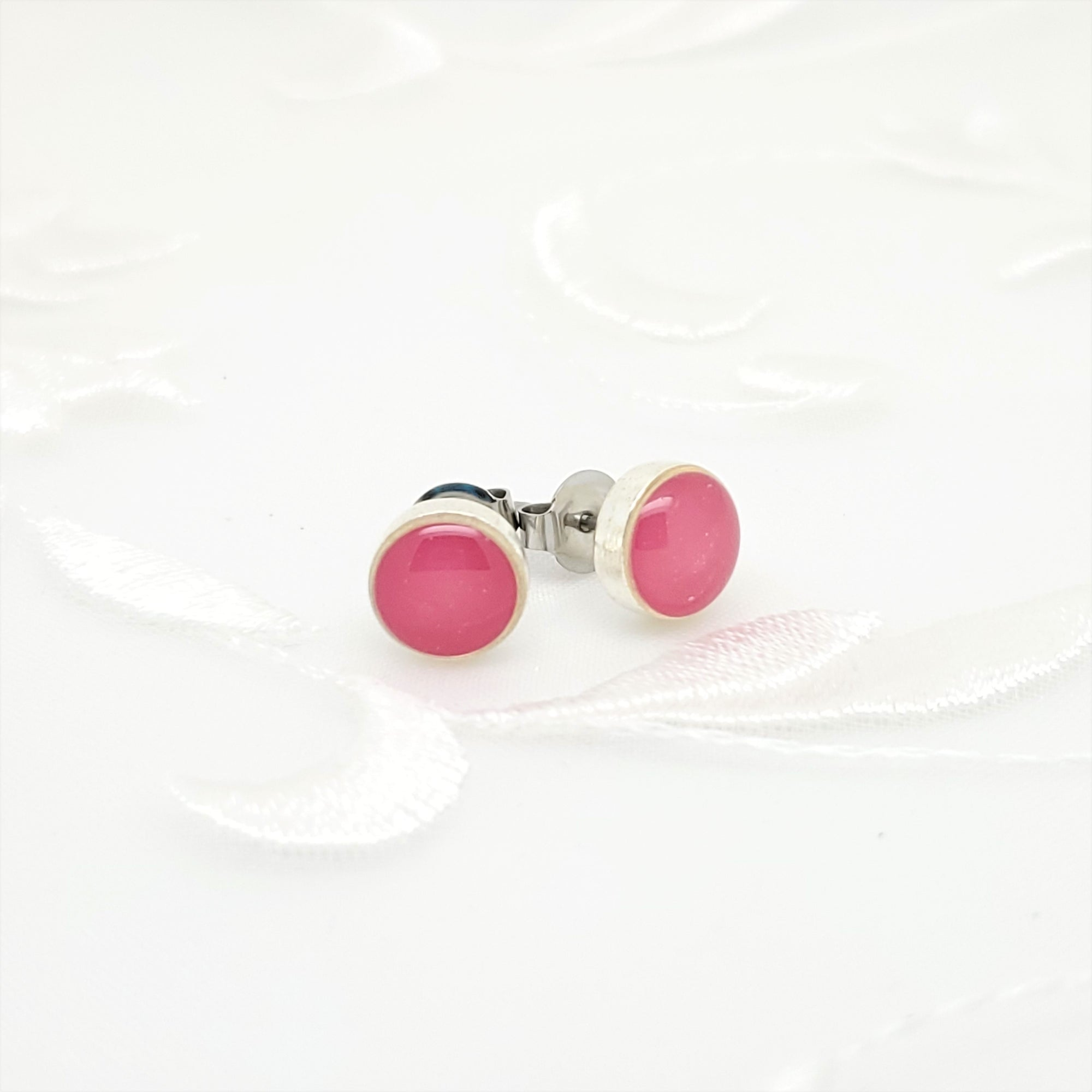 Antique Silver Round Stud Earrings with Pink Resin