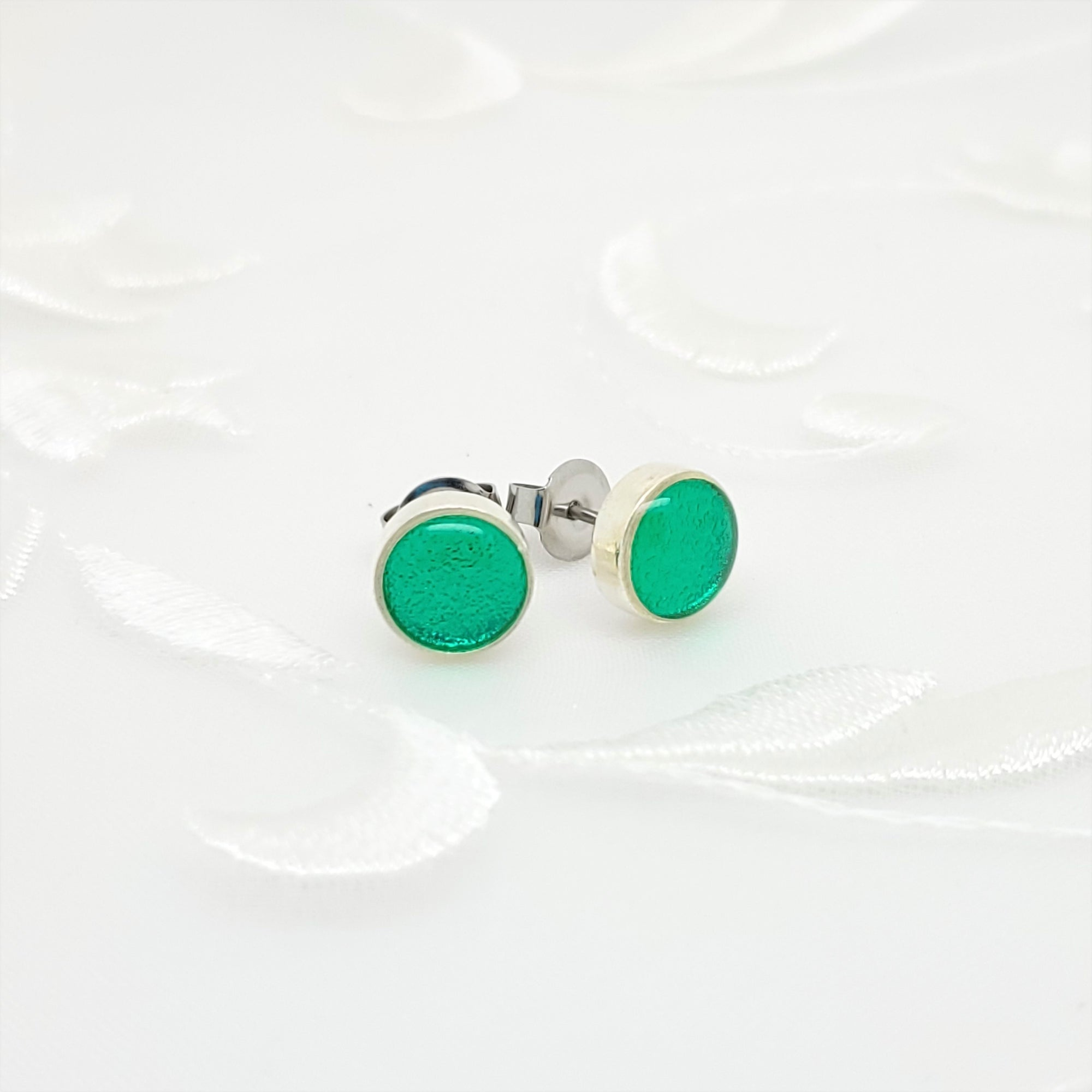 Antique Silver Round Stud Earrings with Transparent Green Resin