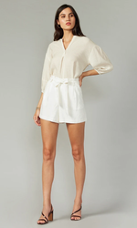 Load image into Gallery viewer, Holtz Linen Shorts in White