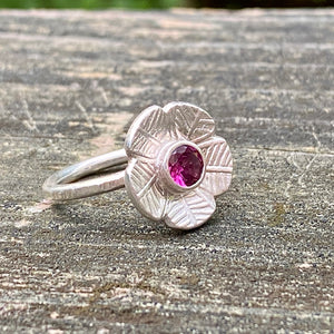 Happy Flower Ring
