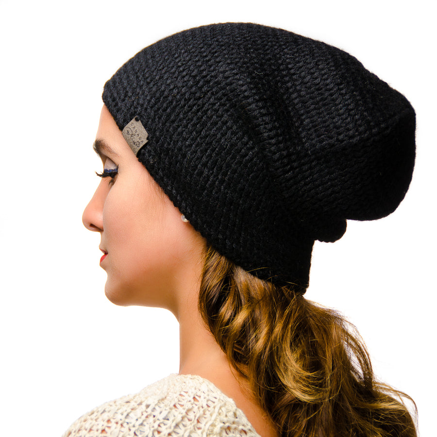 Black Fundamental Slouchy Unisex Crochet Knit Hat Canada Bliss Hot Accessories Celebrity Fashion Style Beanie Pom Pom Hat Fall Winter Fashion