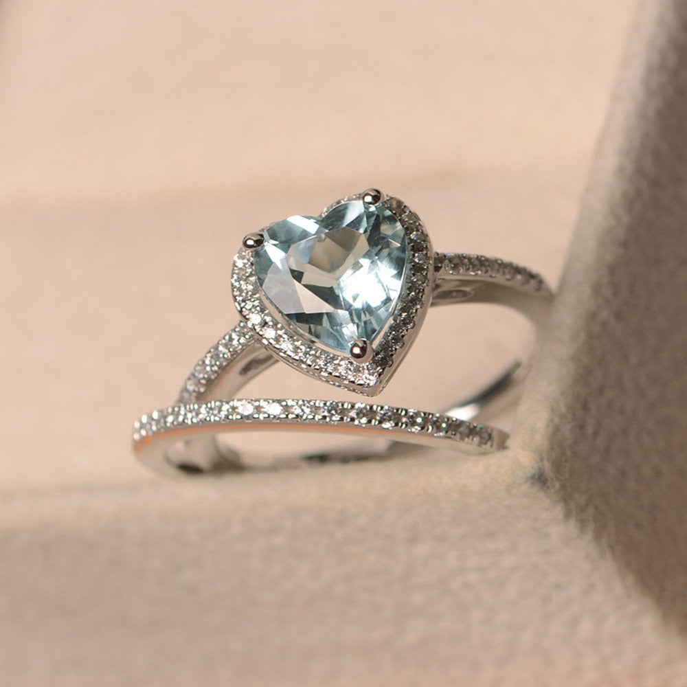 New Blue Topaz Ring Female S925 Sterling Silver Simple Fashion Personality Heart-shaped Swiss Blue Ladies Ring
