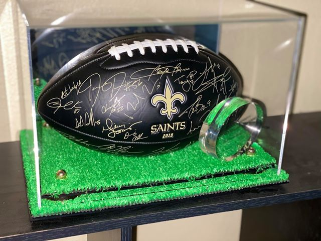 New Orleans Saints 2019 lithographed football in turf display case