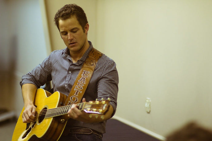 SOUNDS LIKE NASHVILLE - EASTON CORBIN CELEBRATES 10 YEAR ANNIVERSARY OF 'A LITTLE MORE COUNTRY THAN THAT' GOING NO. 1